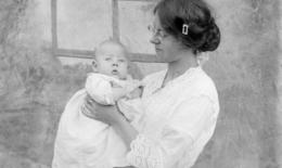 Von Witwen, Waisen und fehlenden Wörtern: Bezeichnungen für Trauernde